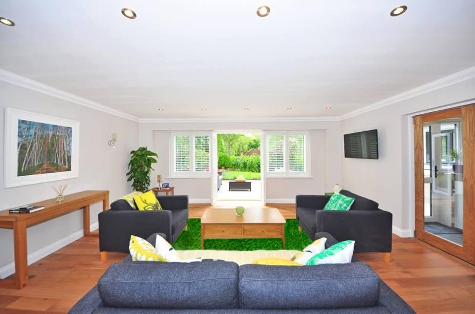 Thảm trải sàn phòng khách cho mùa hè mát mẻ cùng cỏ nhân tạo