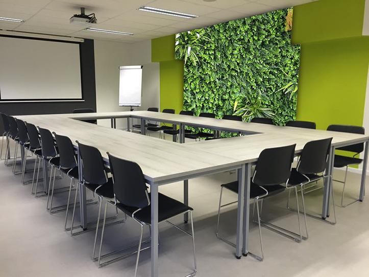 không gian xanh phòng họp